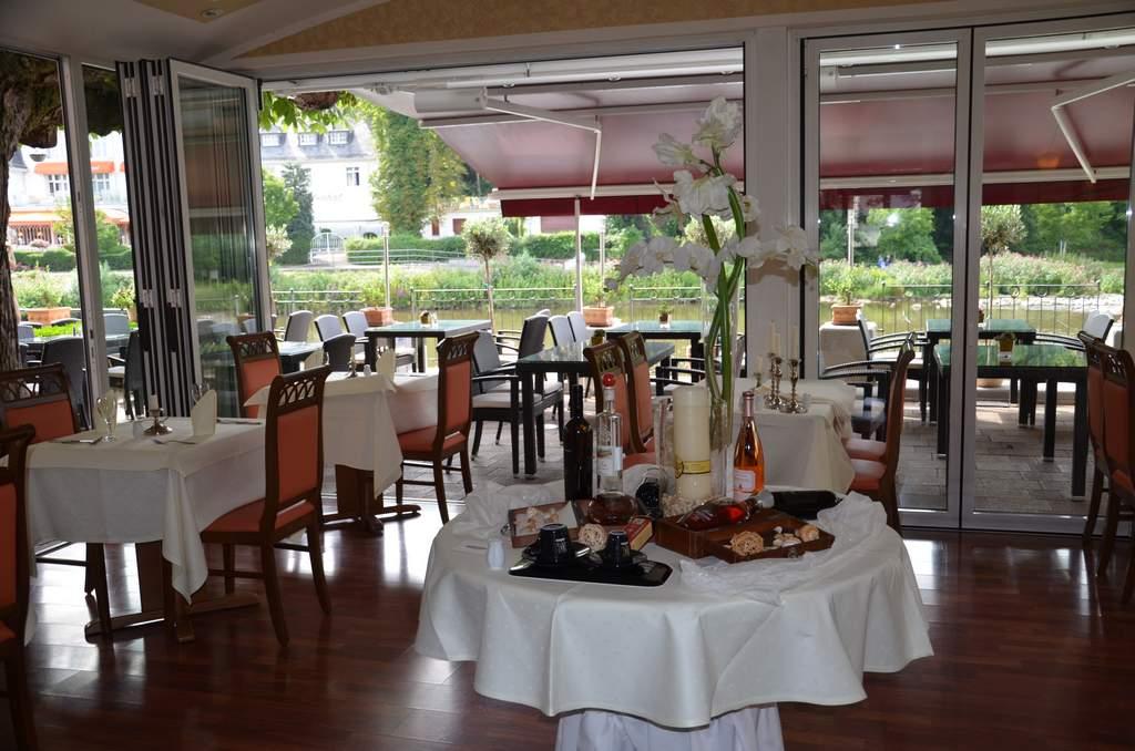 restaurant innenr ume ristorante bella vista in bad. Black Bedroom Furniture Sets. Home Design Ideas