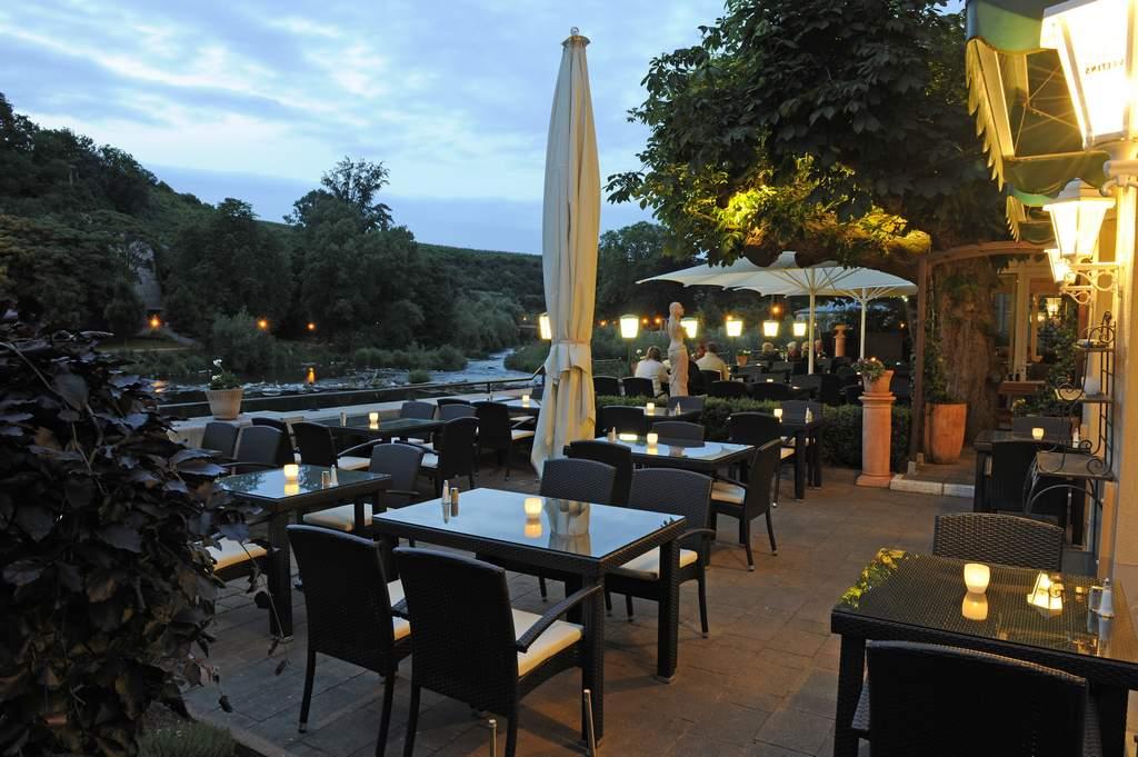 terrasse ristorante bella vista in bad kreuznach. Black Bedroom Furniture Sets. Home Design Ideas
